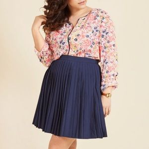 ModCloth Podcast Co-Host Top in Floral Burst